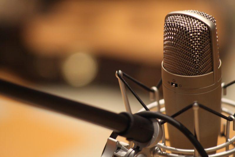 microphone-1003561